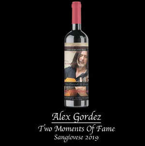 Alex-Gordez-Two-Moments-Of-Fame-Sonicated-Sangiovese-2019-300x302